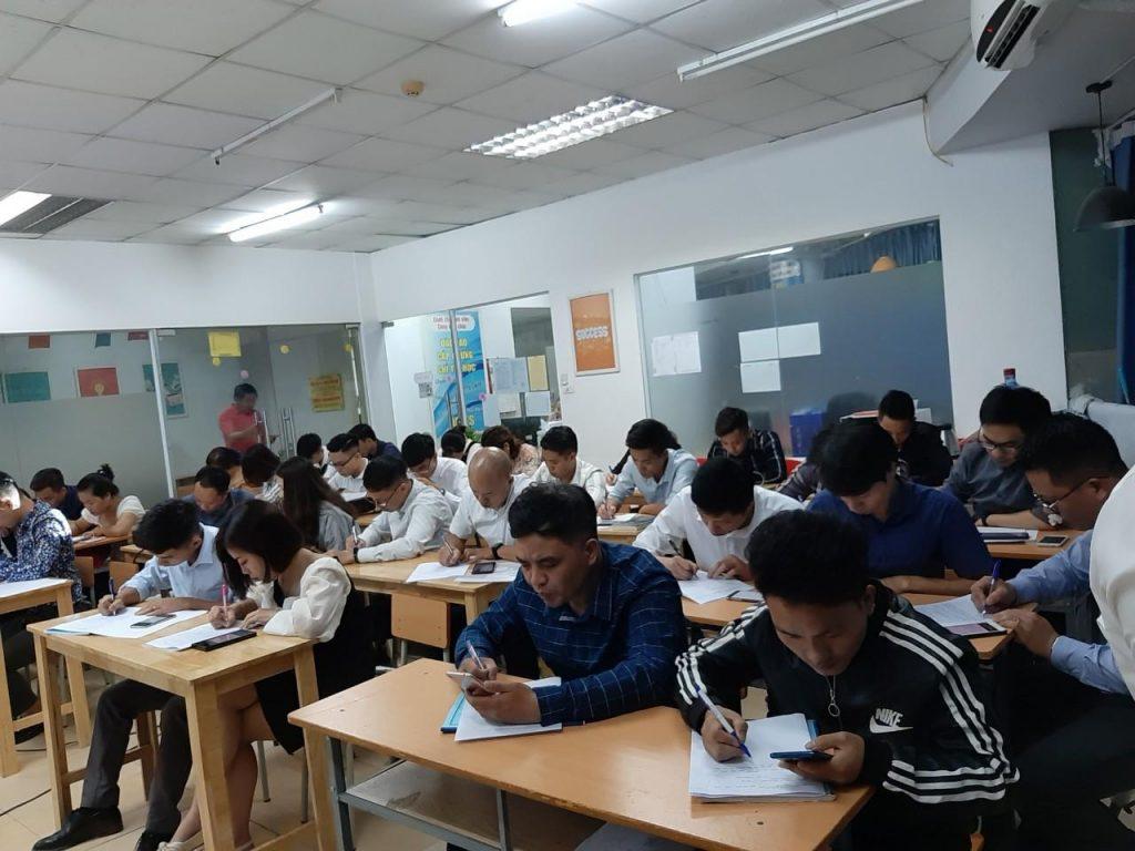 Lớp học bất động sản